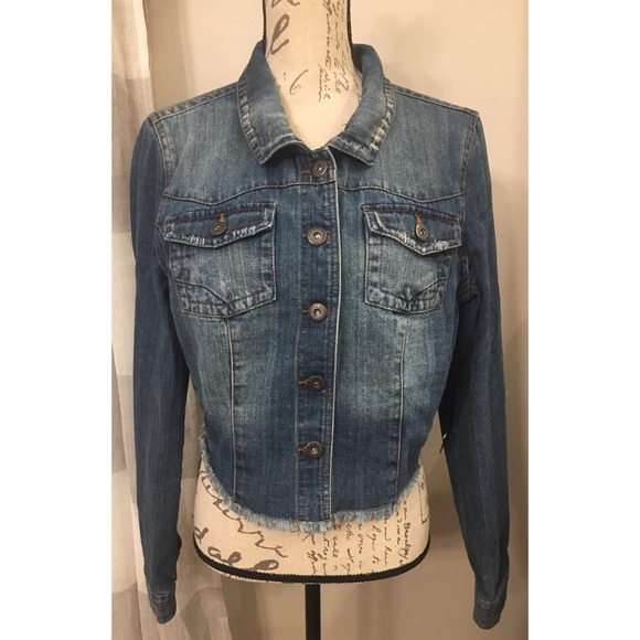 Jackets & Blazers - New Cropped Denim Jacket Size XL